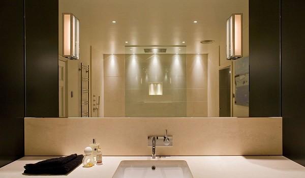 Đèn led gương nhà tắm toát lên sự khác biệt, bắt mắt, tiện nghi của gian phòng