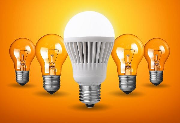 Làm thế nào để hạn chế mất quang học khi sử dụng bóng đèn quá lâu