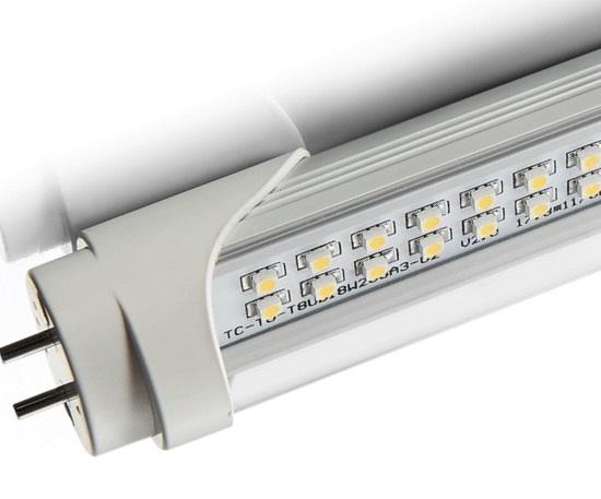 Đèn LED sẽ sáng bởi chất phosphor tương tự như đèn huỳnh quang