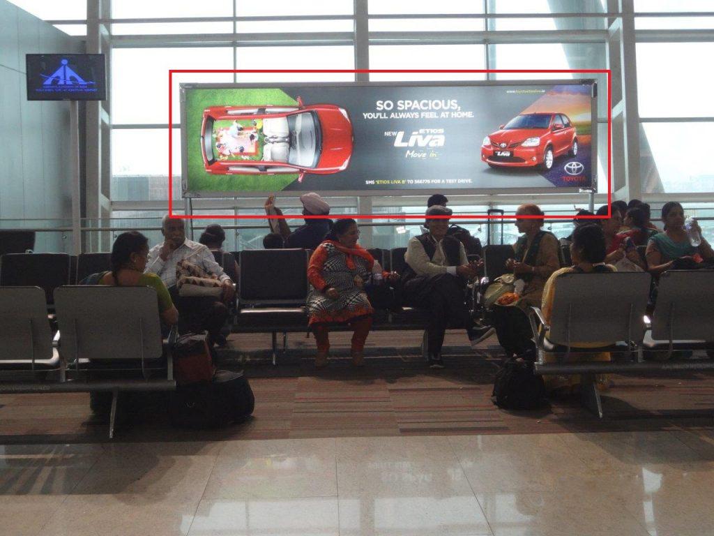 Lý do để bạn nên đặt biển quảng cáo tại sân bay