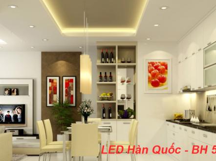Chiếu sáng cho không gian bếp là một trong những hạng mục quan trọng khi thiết kế bếp. Không chỉ đảm bảo đủ ánh sáng cho khu vực chuẩn bị thức ăn, cần phải đảm bảo ánh sáng luôn tràn ngập khu vực bàn ăn, bồn rửa…