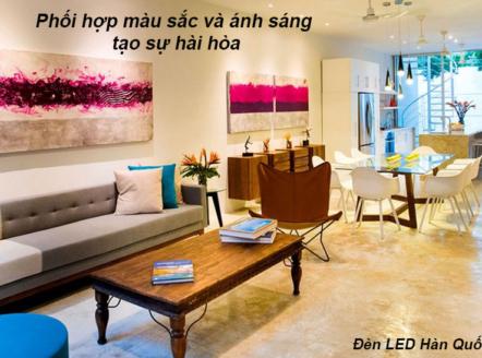 Phòng khách chính là nơi có vị trí quan trọng nhất, thể hiện lối sống của mỗi gia đình và gu thẩm mỹ của chủ nhân. Phần chiếu sáng và nội thất luôn là hai vấn đề được song hành và chúng cùng nhau làm nên nét đẹp của căn phòng.