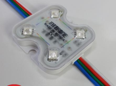 Sản phẩm trang trí module led 4 bóng RBG có len chạy hiệu ứng