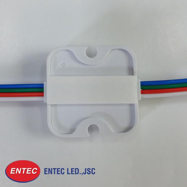 Đế của Module LED 4 bóng RGB được làm bằng nhựa cao cấp ABS
