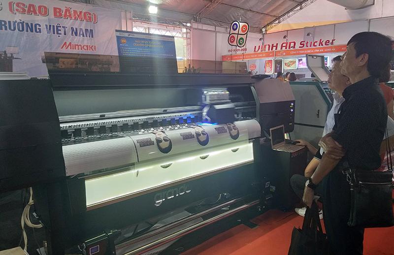 Máy in chuyển nhiệt công nghệ mới được giới thiệu tại triển lãm