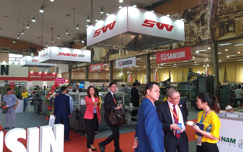 Nhiều hãng nước ngoài có mặt tại triển lãm công nghệ quảng cáo